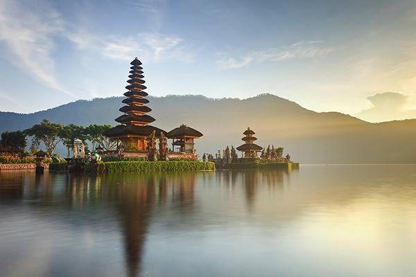 Photo of Vé máy bay giá rẻ đi Indonesia