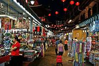 shopping in singapo