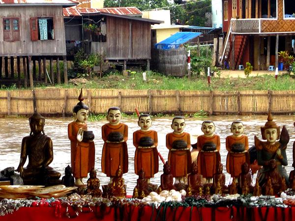 tuong phat