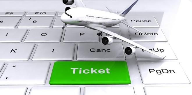 Computer Ticket Plane