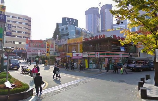 Khu vuc Myeongdong o Seoul