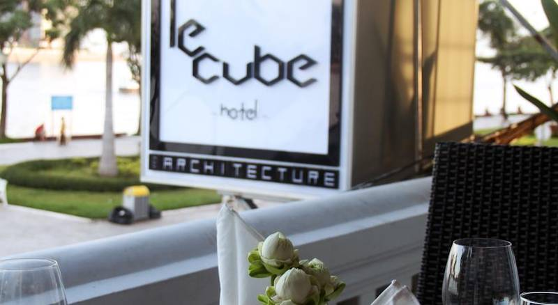 LeCube Hotel