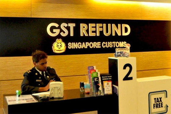 huong dan du khach hoan thue khi shopping o Singapore
