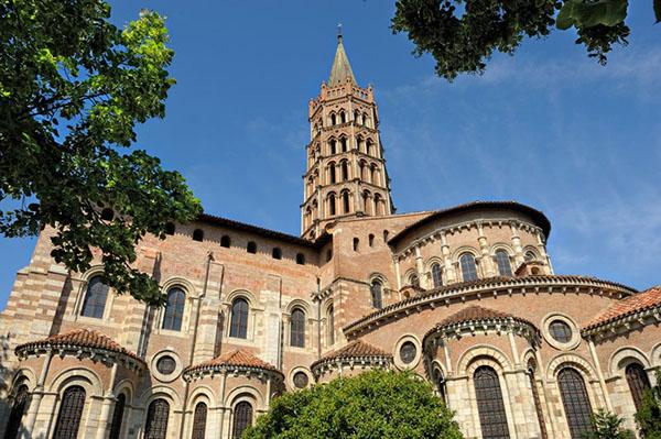 nha tho Basilica Saint Sernin