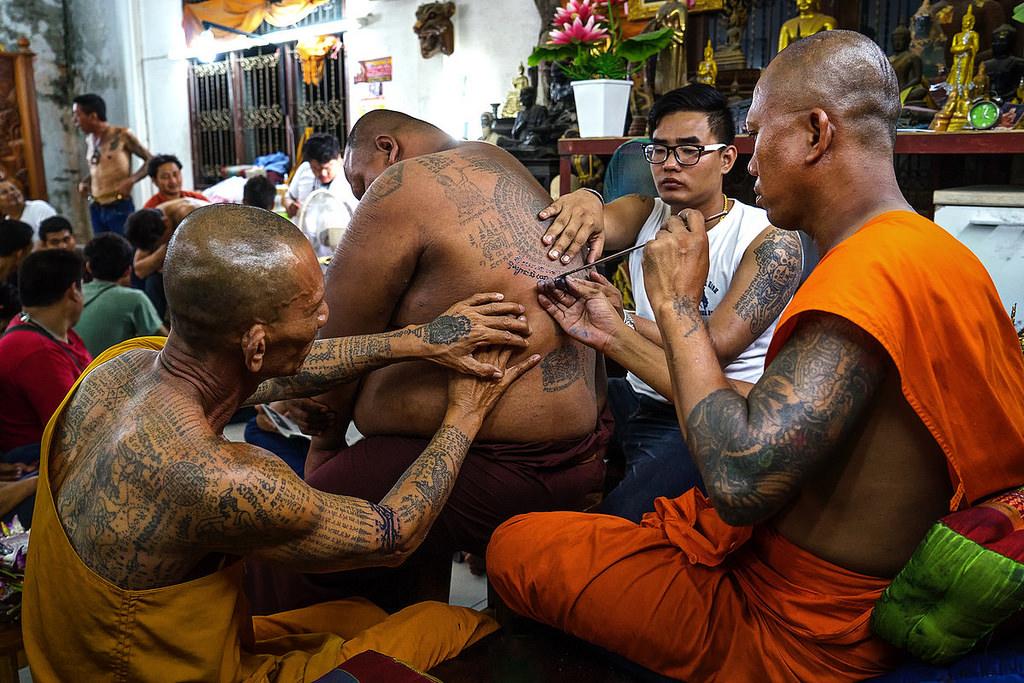 le hoi Wat Phra Bang 5