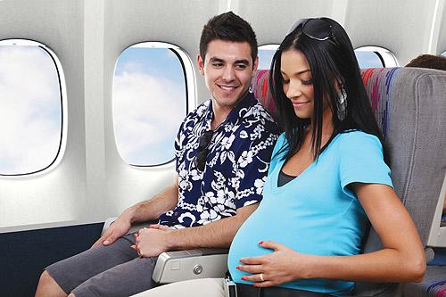 phu nu mang thai khi di may bay 2