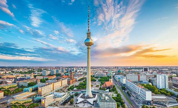Berlin Fernsehturm 1
