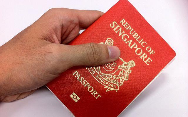"""Photo of Hộ chiếu Singapore """"quyền lực"""" nhất thế giới"""