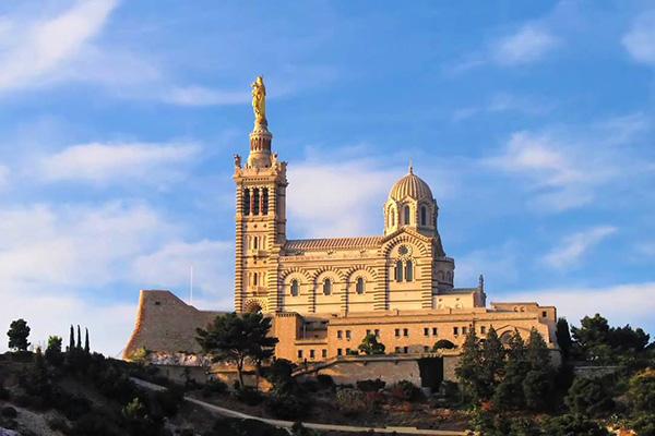 Photo of Nhà thờ Notre Dame de la Garde – đệ nhất thắng cảnh Marseille, Pháp