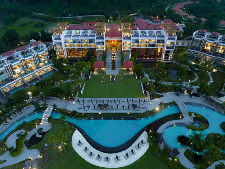 Photo of Vẻ đẹp đê mê của Angsana Lăng Cô Resort, Huế