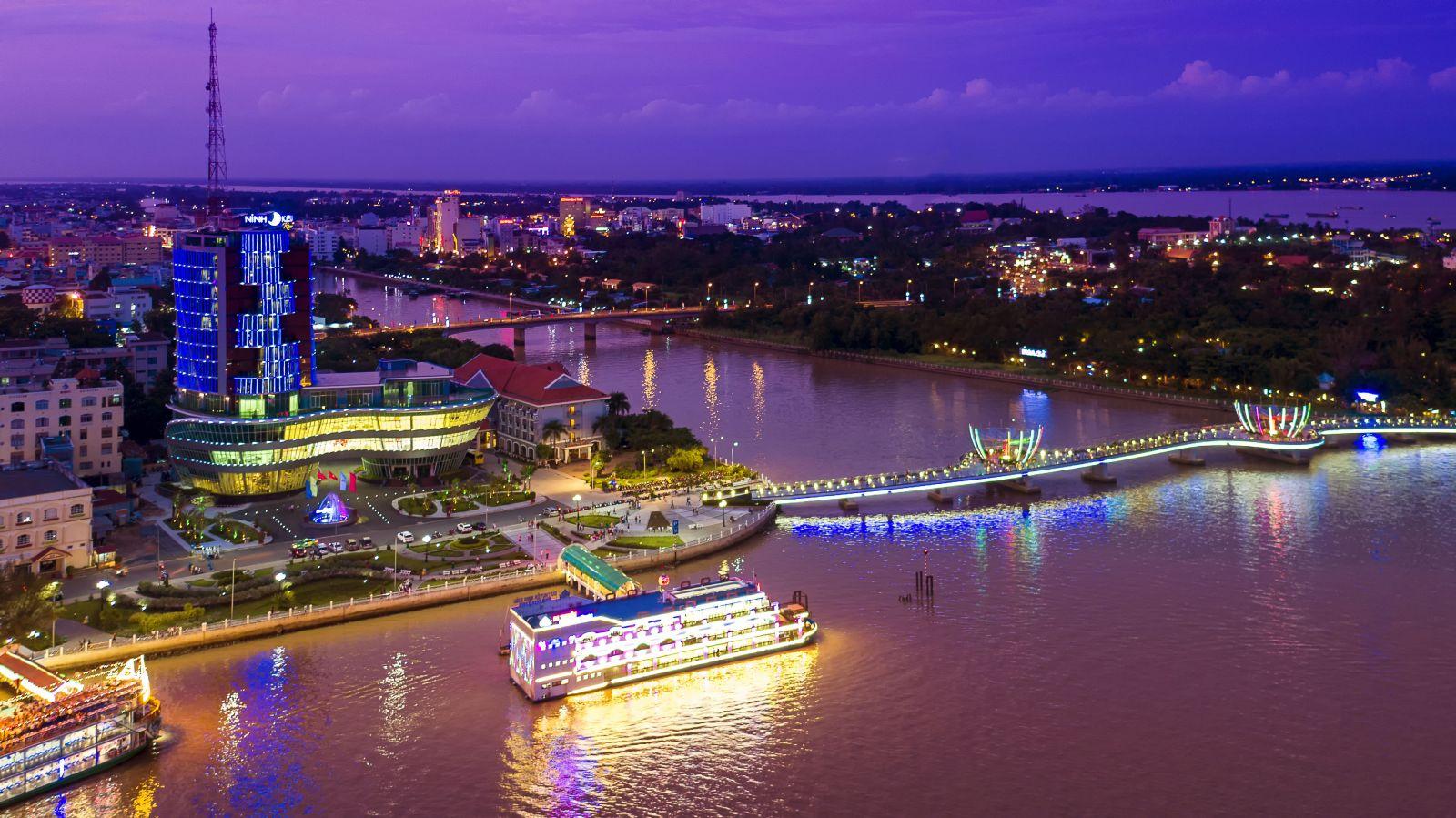 """Photo of Ninh Kiều Hotel – một """"con tàu"""" vững chãi trên miền sông nước Cần Thơ"""