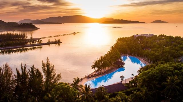 """Photo of Nghỉ dưỡng tại """"thiên đường nhiệt đới"""" Diamond Bay Resort & Spa Nha Trang"""