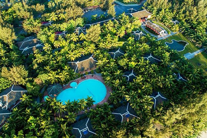 Photo of Du lịch Lăng Cô, đừng quên dừng chân tại LangCo Beach Resort!